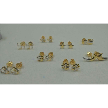 916 Gold Finish Fancy Stud Earrings