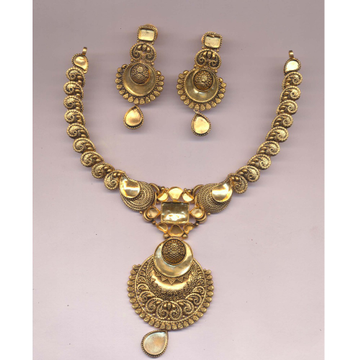 916 Gold Hallmark Kundan Necklace Set