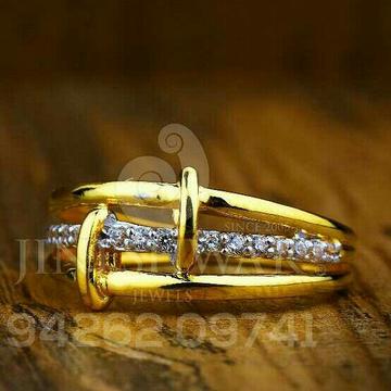 Exclusive Fancy Cz Ladies Ring LRG -0125
