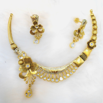 22Kt Gold Antique Wedding Necklace Set RHJ-5493