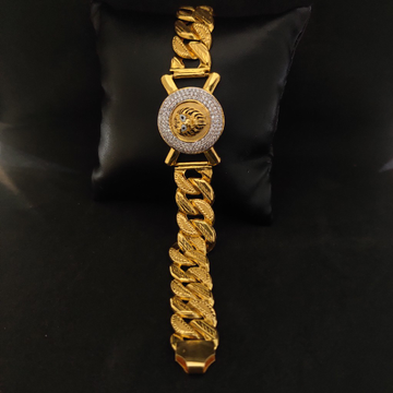 EXCLUSIVE MEN'S LION DESIGN GOLD BRACELET-11901