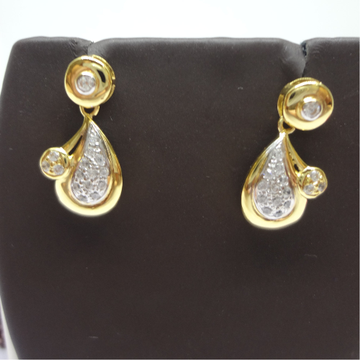 916 GOLD CZ EARRINGS