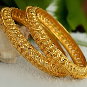 22 kt 916 gold bangles by