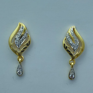 22k/916 light weight earrings 0004 by Shree Sumangal Jewellers