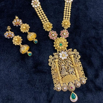 22KT Yellow Gold Aeonic Wedding Special Kundan Antique Necklace set For Women