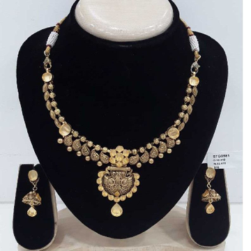 22 Carat Antique Jadtar Bridal Set by