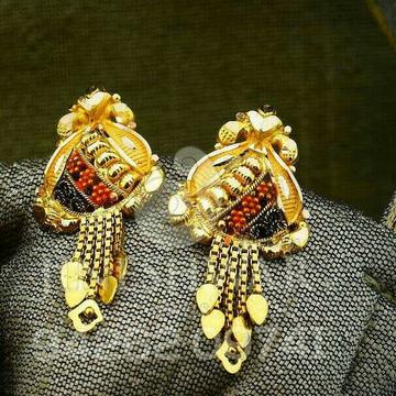 Fancy Plain Gold Kalkatti Butti