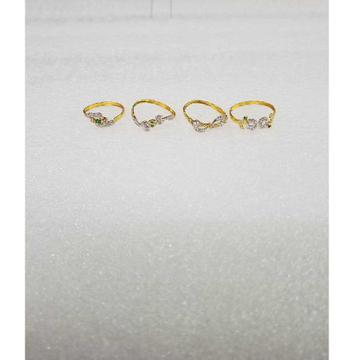 916 Gold Modern Design CZ Ladies Ring