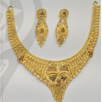 22 Kt 916 Gold kalkati necklace with earring by