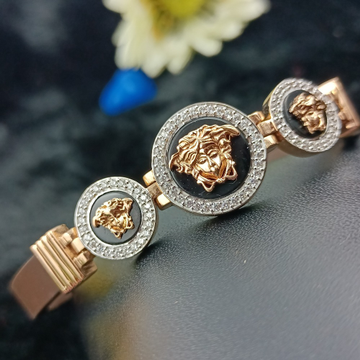 18CT ROSEGOLD VERSACE BRAND GENTS LUCKY by Ranka Jewellers