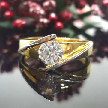 916 Gold Cz Solitaire Ladies Ring