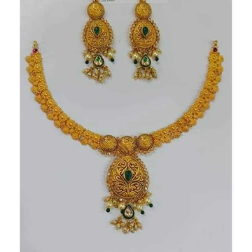 916 Gold Necklace Set by Vipul R Soni