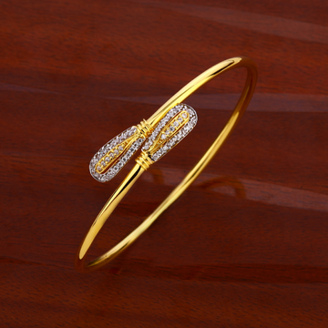 750 Gold Ladies Classic Kada Bracelet LKB174