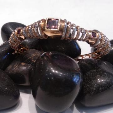 916 Gold Everstylish Design Bracelet  by