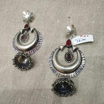 Nishita Earrings