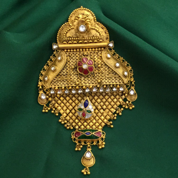 916 Gold Traditional Pendant by