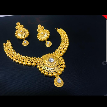 Antique Kundan half necklace with laser cut design