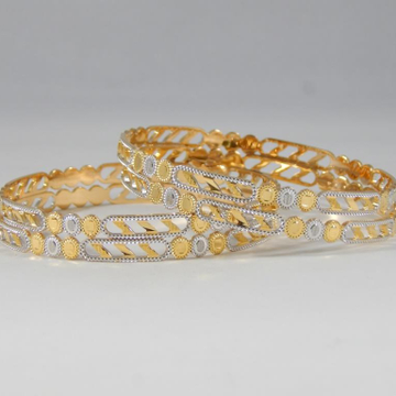 22Kt Yellow Gold Ojasvi Twister Bangles For Women