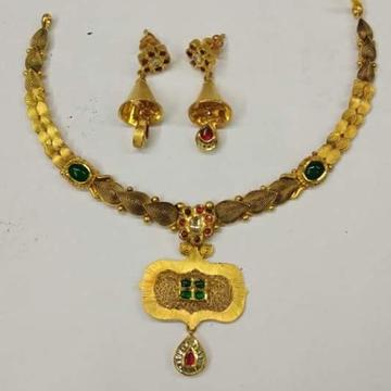 916 gold antique jadtar necklace.