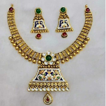 ROYAL ANTIQUE NECKLACE ST0085