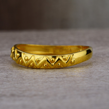 Ladies 22K Gold Fancy Plain Band Ring -LPR37