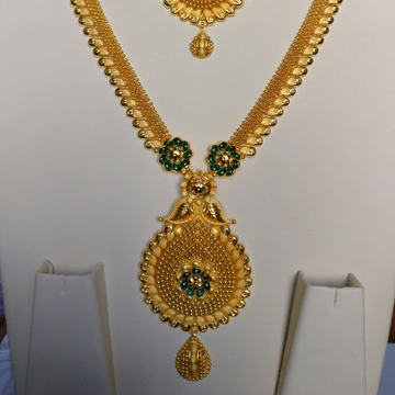 22 kt gold Haram and Necklace by