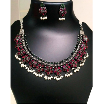 925 Silver Flower Design With Maroon Stone Necklace Set VJ-N005