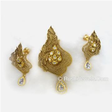 22kt 916 Antique Gold Pendant Set