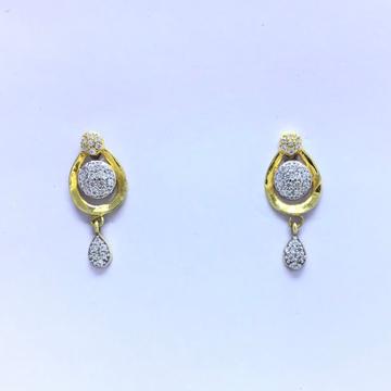 branded fancy gold earrings