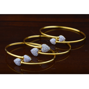 916 Gold CZ Heart Design Bracelet RJ-B04