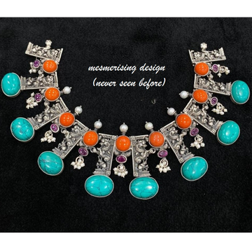 Statement necklace with enchanting firoza carved g...
