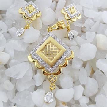 22c square pendant set by