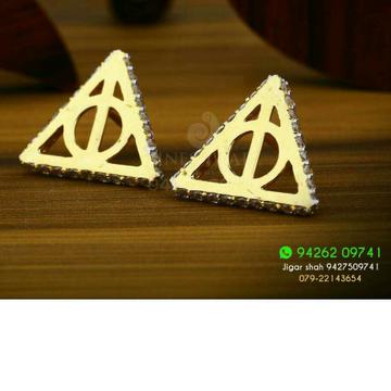 18kt Triangle Shape Duffrent Cz Gold Ladies Tops ATG -0156