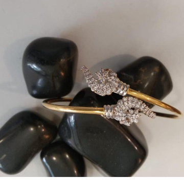 22KT Gold Classic Design Bracelet  by