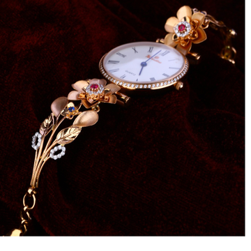 750 Rose Gold fancy  Watch RLW147