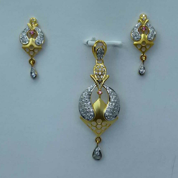 22kt gold CZ pendant set