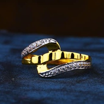 916 Gold Ladies Ring LR-0037