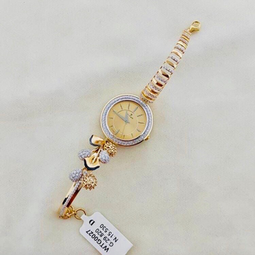BRANDED FANCY GOLD LADIES WATCH