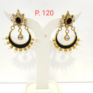 Flower & Moon Shape Black stone with Beads Earring 1533