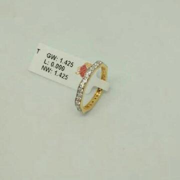 916 Gold Stylish Diamond Ladies Ring