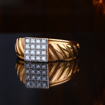 18KT Rose Gold Stunning Design Ring
