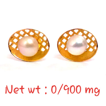 18kt gold stud pearl earring