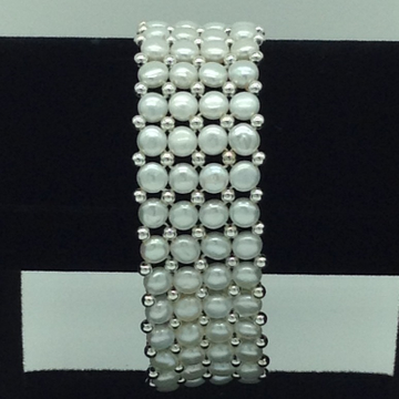 White Button Pearls With White Jaco Balls 4 Layers Bracelet JBG0145