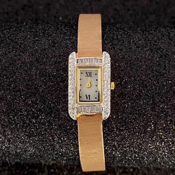 22Kt Gold Ladies Watch RH-LW51