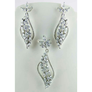 925 Silver Exclusive Pendent Set