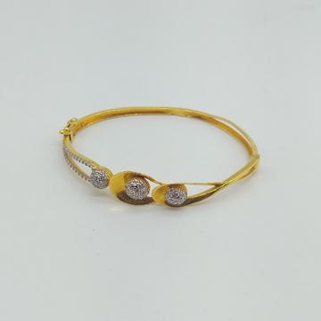 Gold Ladies Stylish Bracelet with Rhodium and Diamonds by