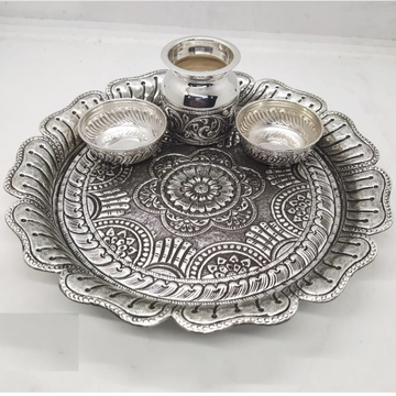 puran floral shaped aarta thali in hallmarked silv... by Puran Ornaments