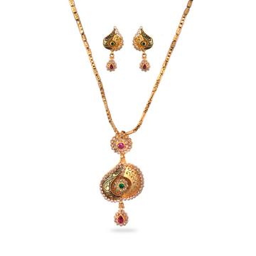 916 Gold Antique Design Pendant Set by