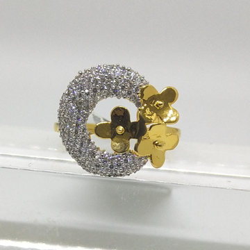 22K flowers shape studded diamond ring