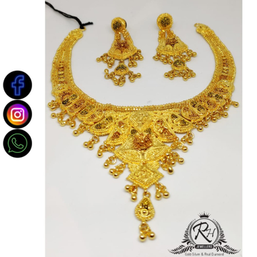 22 carat gold traditional ladies necklace set RH-NS412